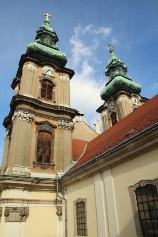 Az Egyetemi templom a teraszról